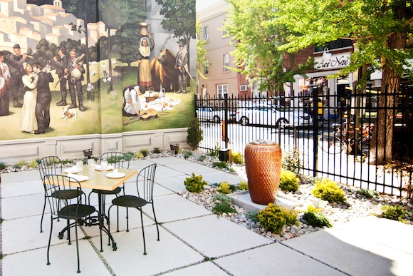 The Le Virtu patio on East Passyunk Avenue