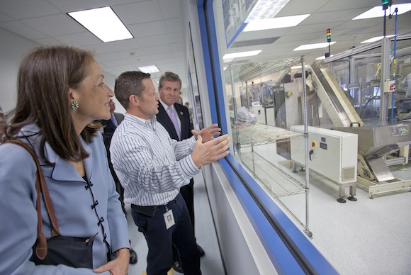 U.S. FDA Commissioner Margaret Hamburg and U.S. Congressman Charlie Dent tour OraSure